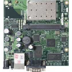 Mikrotik RB411AR - The RB411AR has an integrated 802.11b/g wireless card with MMCX conenctor.